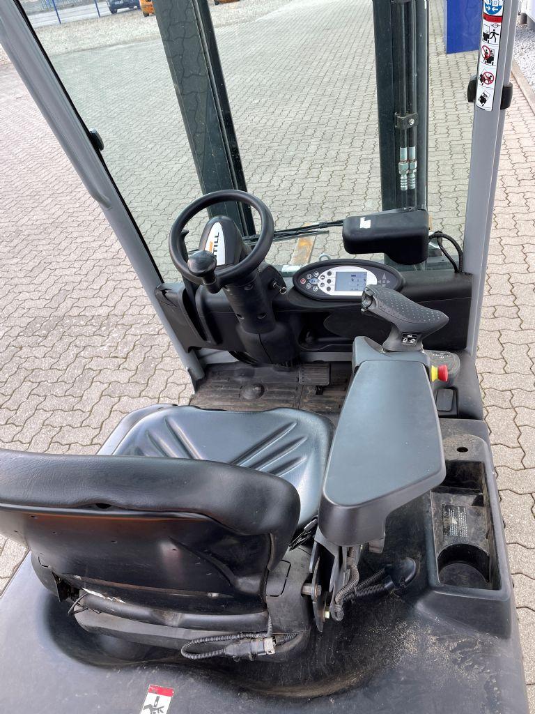 Still RX50-15 Elektro 3 Rad-Stapler www.hirtz-stapler.de
