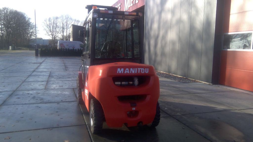 Manitou-MI50D-Dieselstapler-www.holthuis-gabelstapler.de
