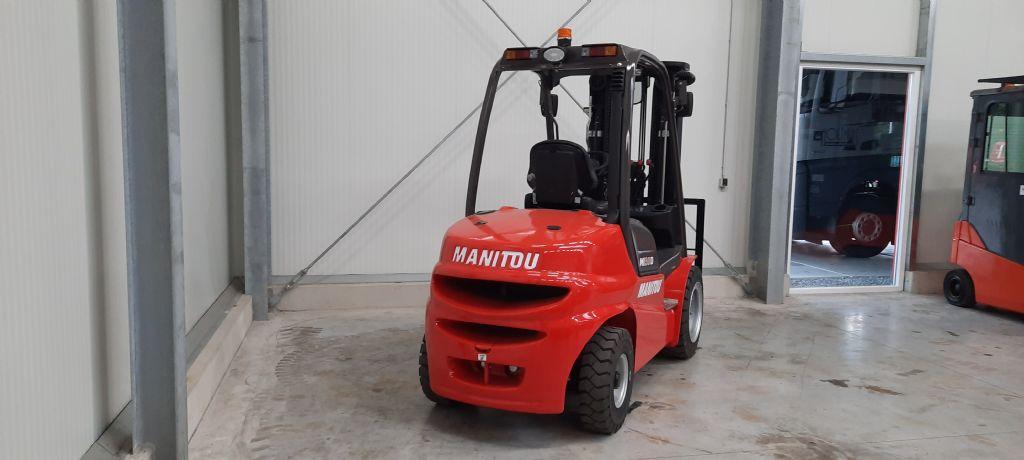 Manitou-MI30D-Dieselstapler-www.holthuis-gabelstapler.de
