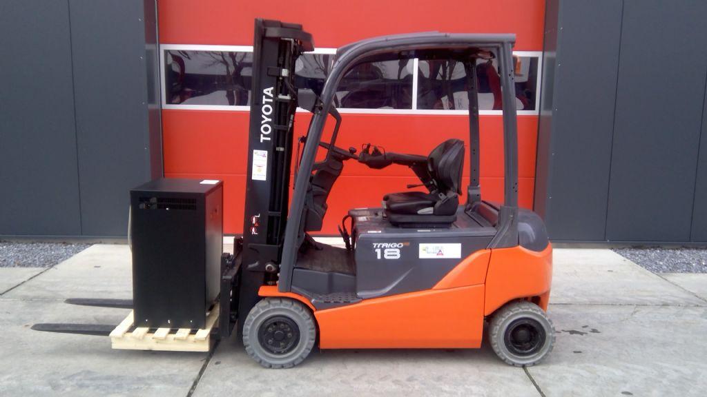 Toyota-8FBMT18-Elektro 4 Rad-Stapler-www.holthuis-gabelstapler.de
