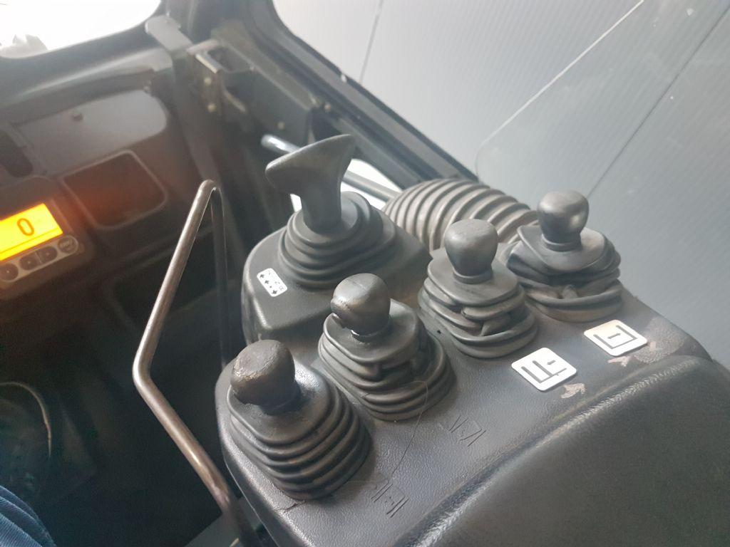 Toyota-02-7FG50-Treibgasstapler-www.holthuis-gabelstapler.de
