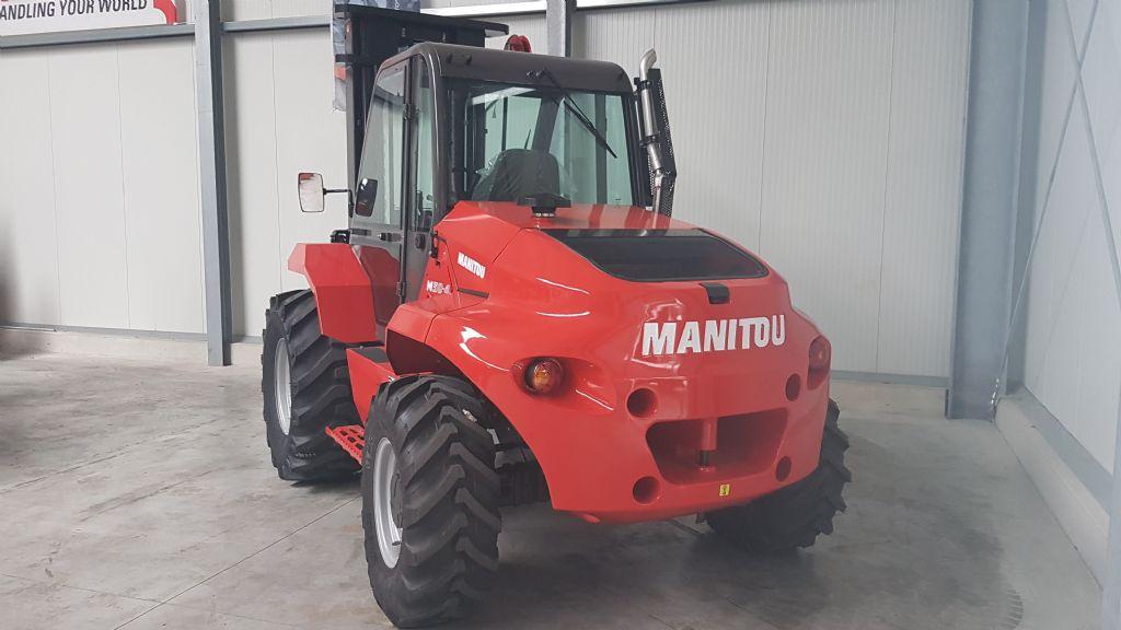 Manitou-M50-4-Geländestapler-www.holthuis-gabelstapler.de