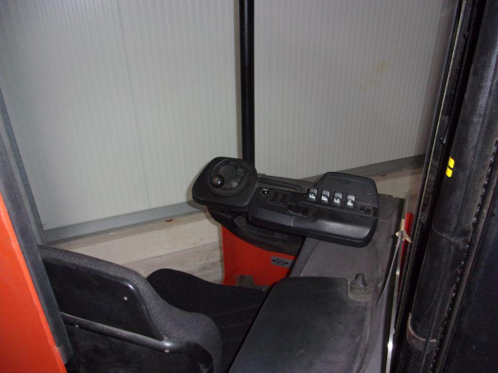 Toyota RRB1 Schubmaststapler www.foerdertechnik-rietberg.de