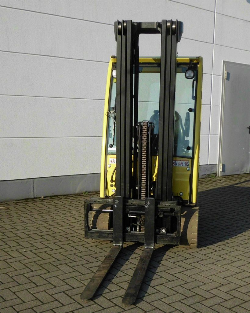 Hyster-J1.8XNT MWB-Elektro 3 Rad-Stapler-www.htc-stapler.de