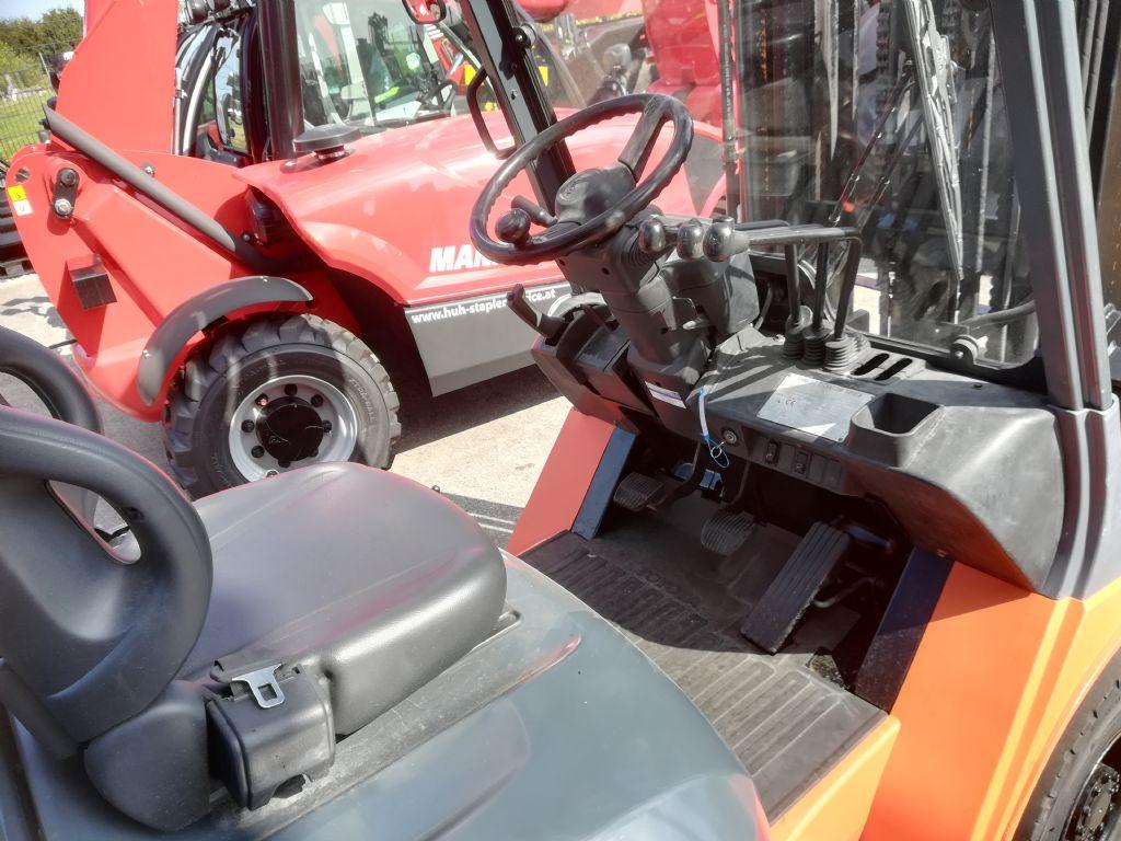 Toyota FDF 25 Triplex HH6000mm Dieselstapler www.huh-staplerservice.at