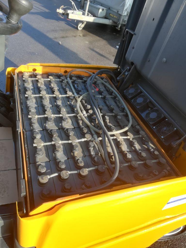 Jungheinrich EFG 425k Elektro 4 Rad-Stapler www.huh-staplerservice.at