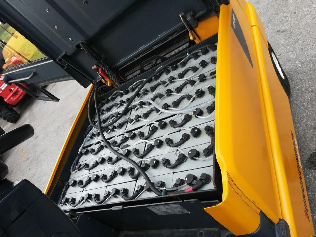 Jungheinrich EFG 535 Triplex Kabine Elektro 4 Rad-Stapler www.huh-staplerservice.at