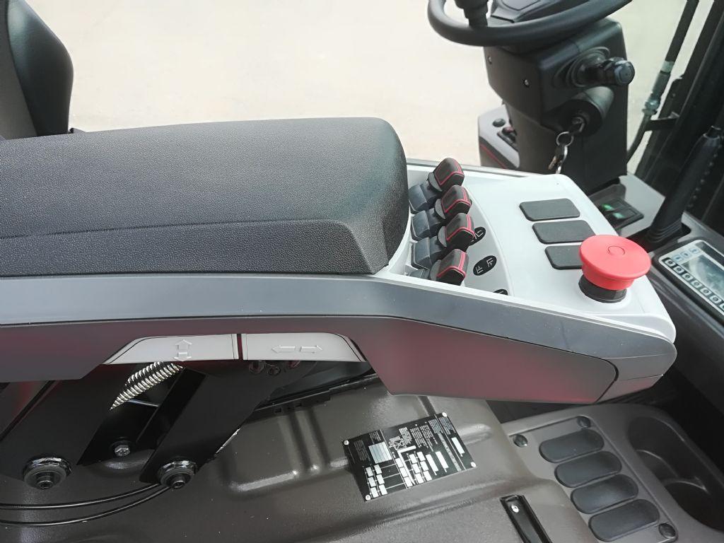 Manitou ME 316 Vorführmaschine Elektro 3 Rad-Stapler www.huh-staplerservice.at