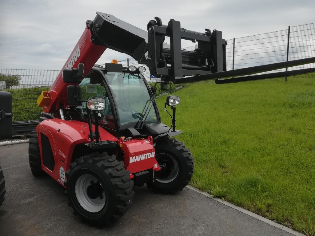 Manitou MT 420 New Buggy Teleskopstapler starr www.huh-staplerservice.at