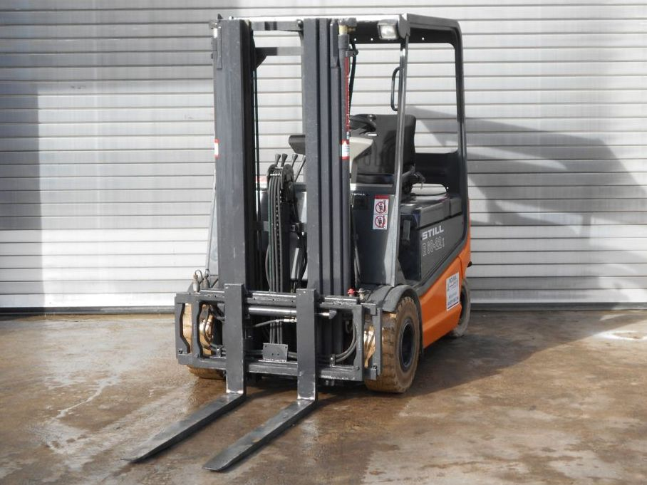 Still-R60-22-Electric 4-wheel forklift-www.induma-rent.com
