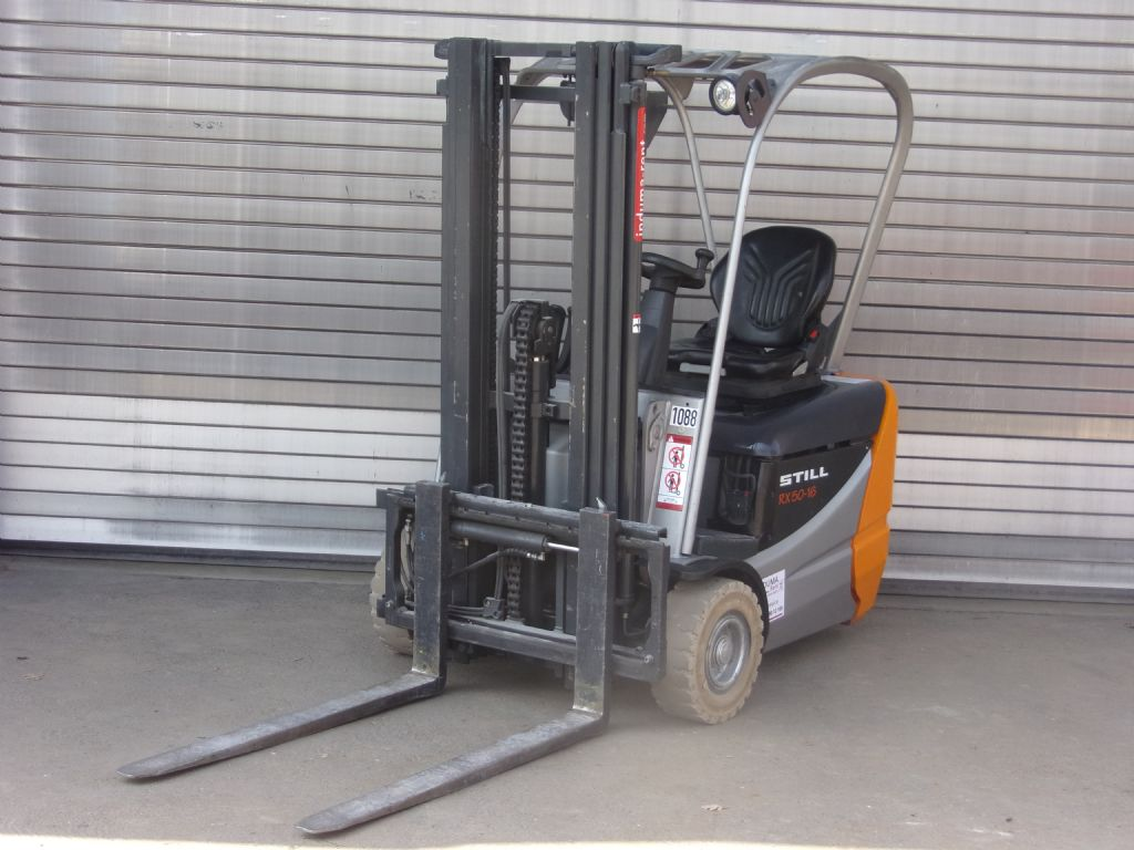 Still-RX50-16-Electric 3-wheel forklift-www.induma-rent.com