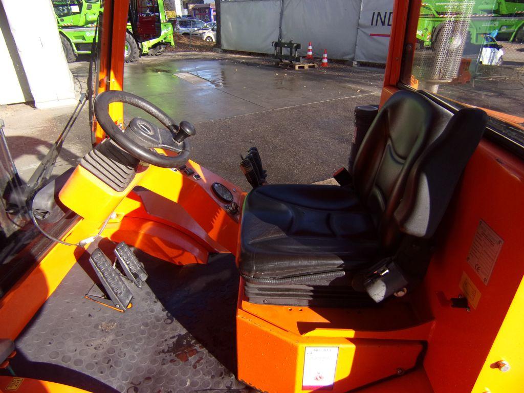 Mastexplorer-H30 DL 4WD-Geländestapler -www.induma-rent.com