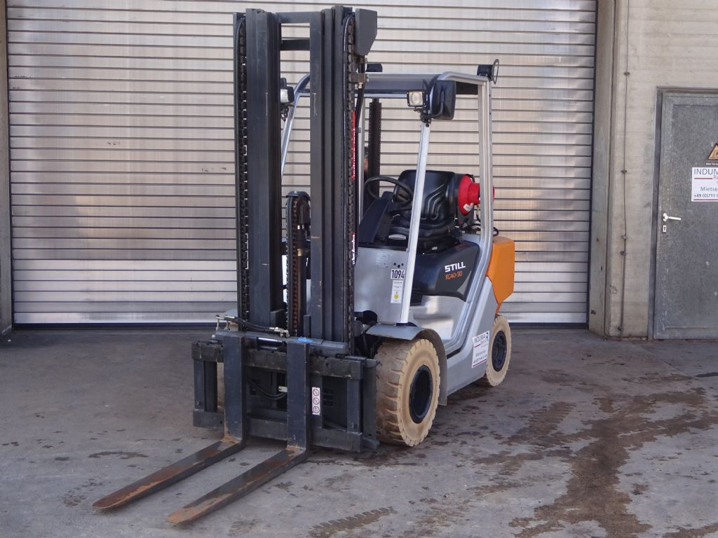 Still-RC40-30T-LPG Forklifts-www.induma-rent.com