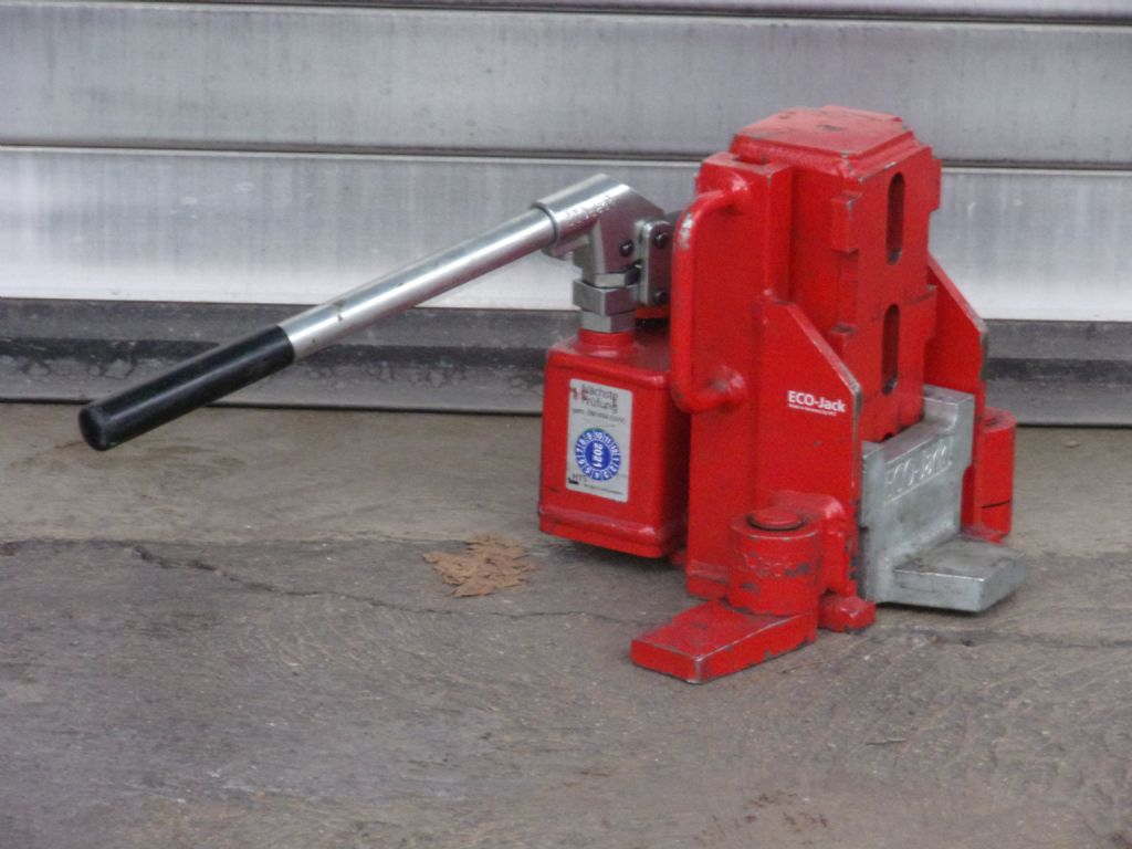 *Sonstige-Hydraulischer Maschinenheber-Hydraulische Werkzeuge-www.dejon-gabelstapler.de