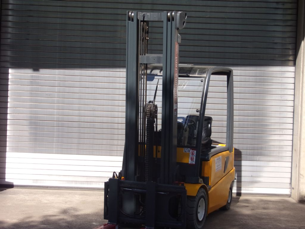 Jungheinrich-EFG-Vac30 MP-Electric 4-wheel forklift-www.induma-rent.com
