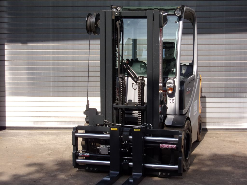 Still-RX60-50 Container-Electric 4-wheel forklift-www.induma-rent.com