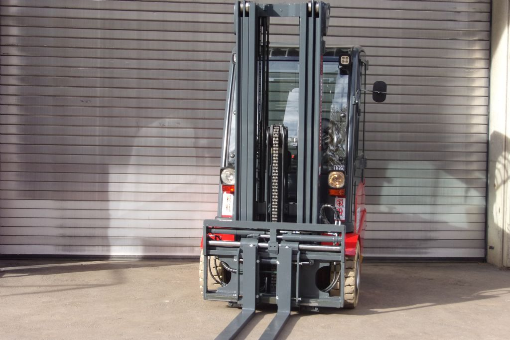 Jungheinrich-EFG 425k-Electric 4-wheel forklift-www.induma-rent.com