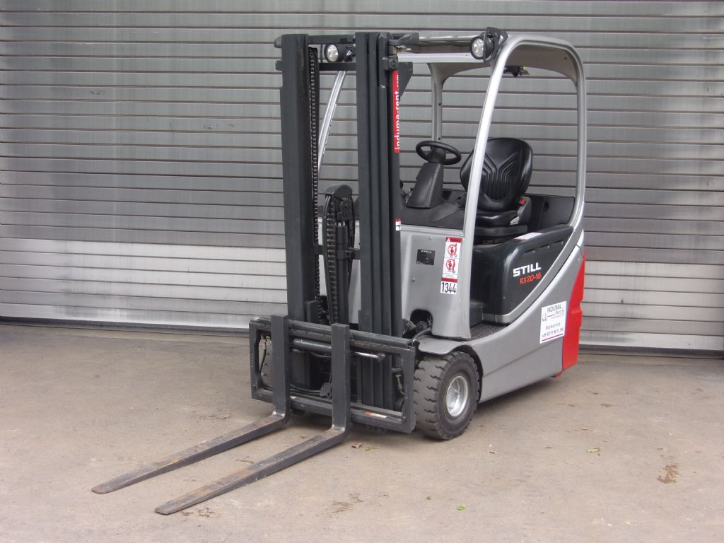 Still-RX20-16-Electric 3-wheel forklift-www.induma-rent.com