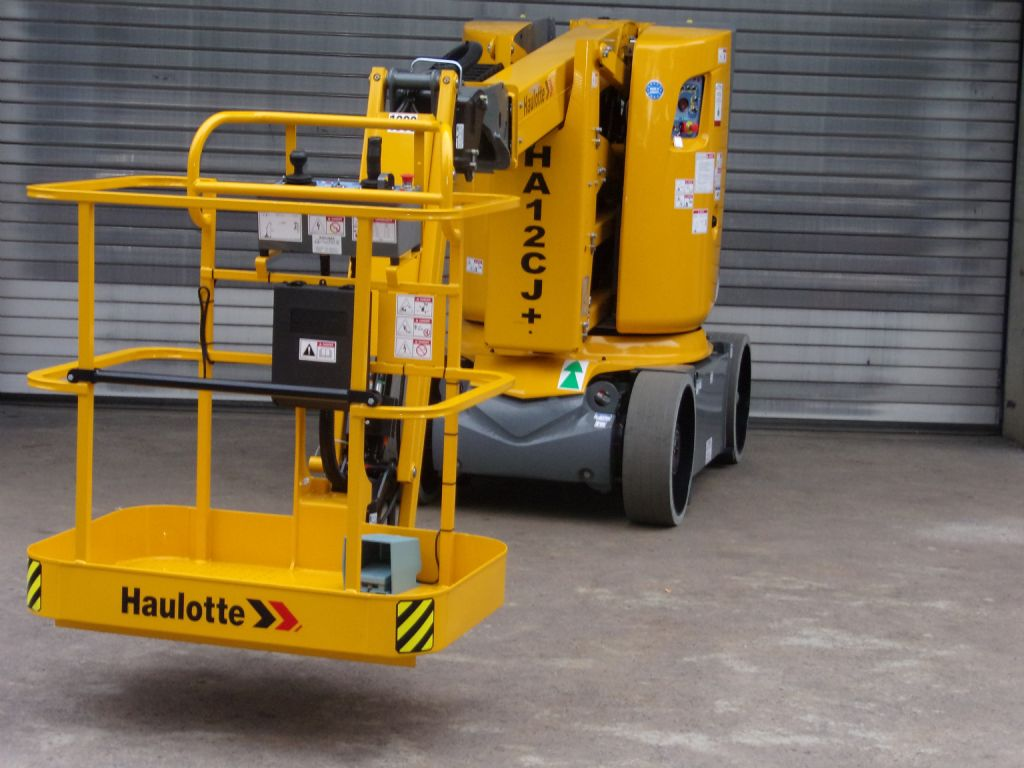Haulotte-HA12 CJ+ mit 3D-Korb-Articulated Jib Platforms-www.induma-rent.com
