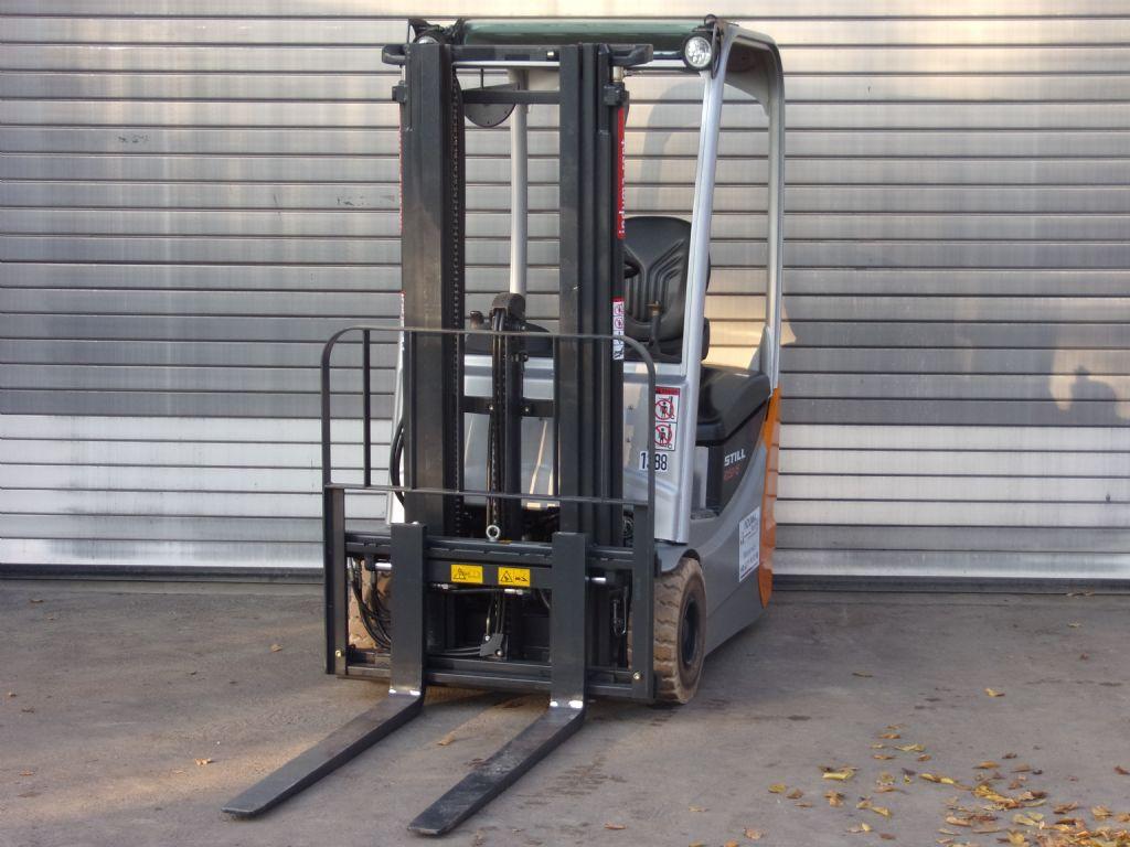 Still-RX50-15-Elektro 3 Rad-Stapler-www.induma-rent.com