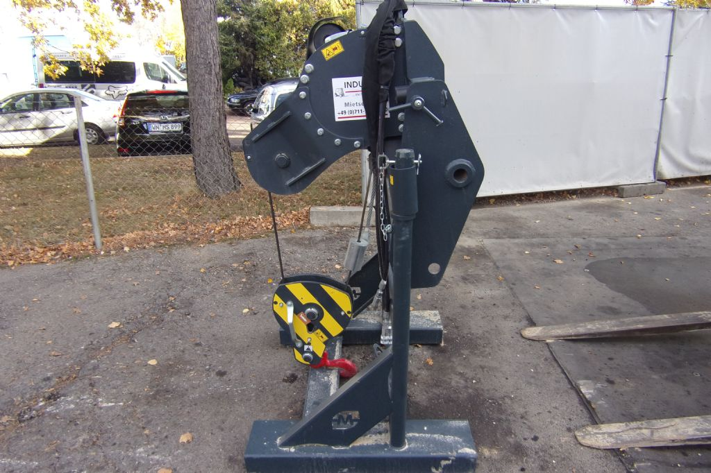 Magni-Seilwinde-Hydraulic winch-www.induma-rent.com