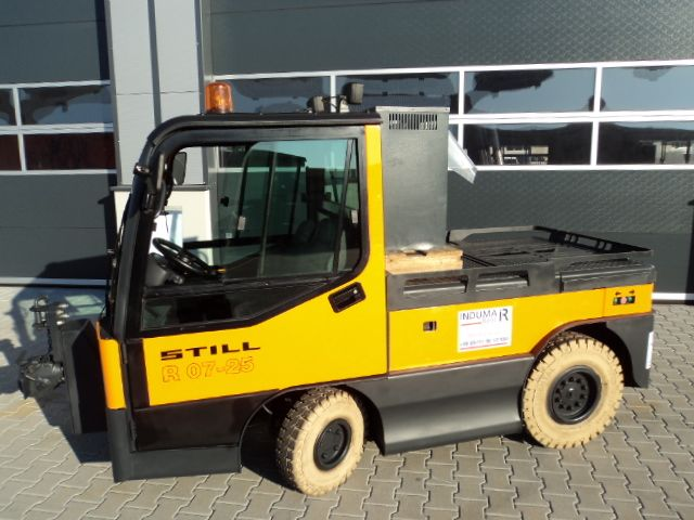 Still-R07-25-Schlepper-www.induma-rent.com