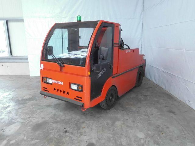 Pefra-750L-Schlepper -www.isfort.com