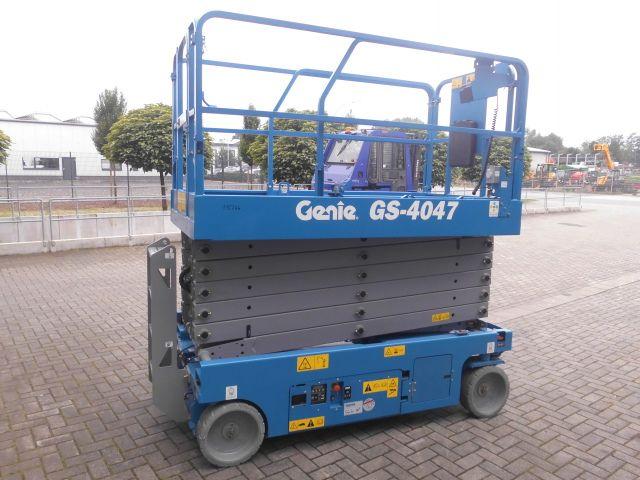 Genie-Gs-4047-Scherenarbeitsbühne -www.isfort.com