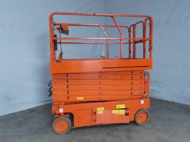 Genie-GS4047-Scherenarbeitsbühne -www.isfort.com