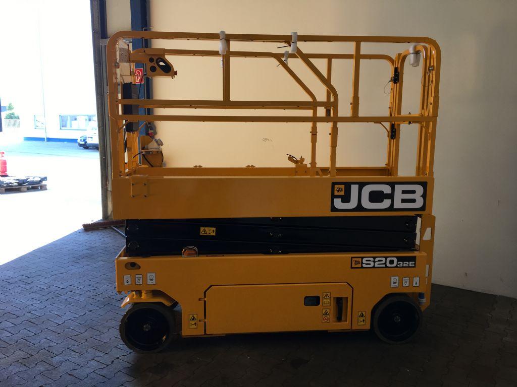 JCB-S2032E-Scherenarbeitsbühne -www.isfort.com