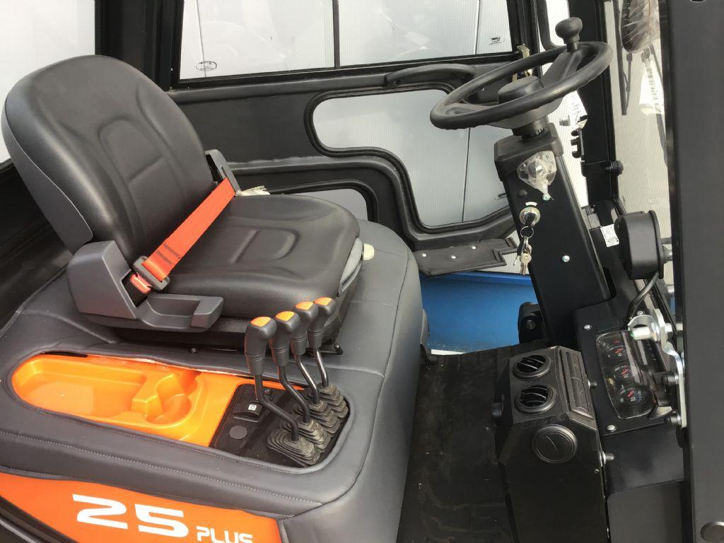 Doosan-D25GP-PLUS-Dieselstapler -www.isfort.com