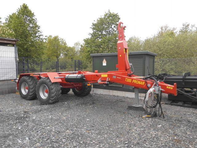 Pronar-Hakenliftanhänger T285-Industrieanhänger -www.isfort.com