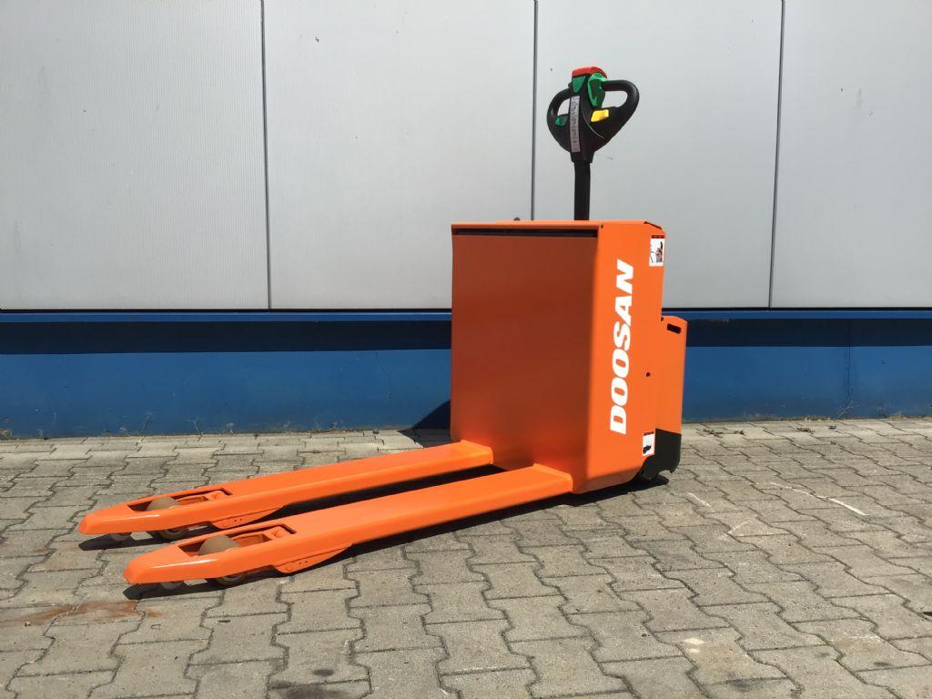 Doosan-LEDH 18-Niederhubwagen -www.isfort.com