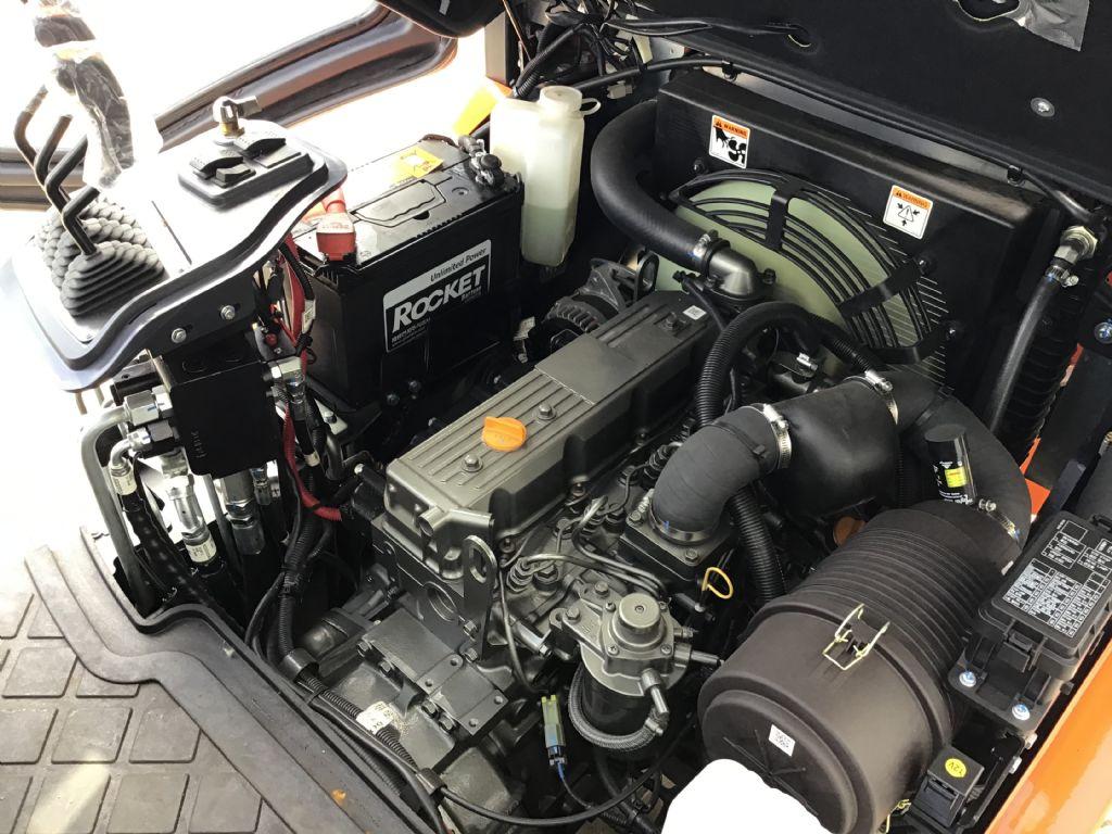 Doosan-D30S-7-Dieselstapler -www.isfort.com