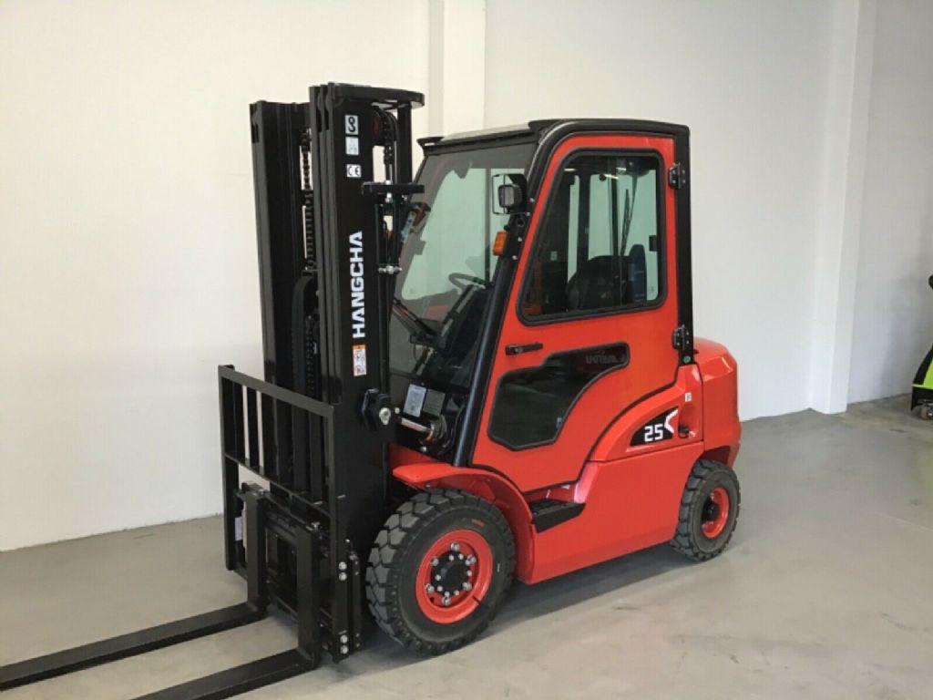 Hangcha CPCD25 - NEU Dieselstapler www.isfort.com