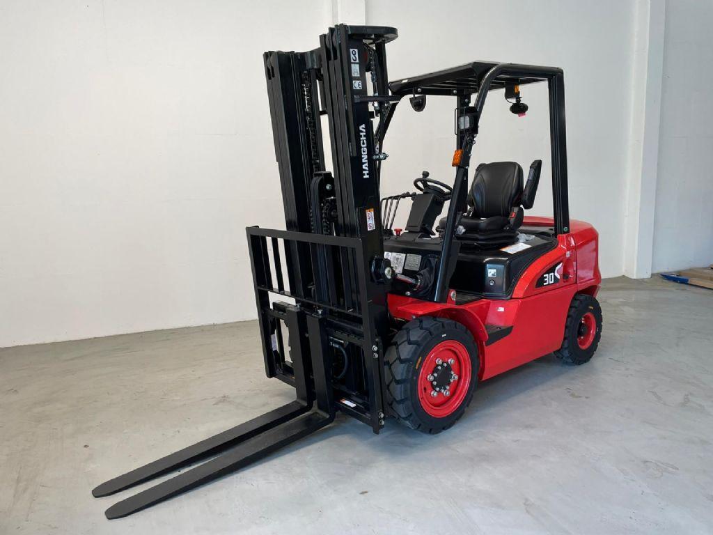 Hangcha CPCD30-NEU Dieselstapler www.isfort.com