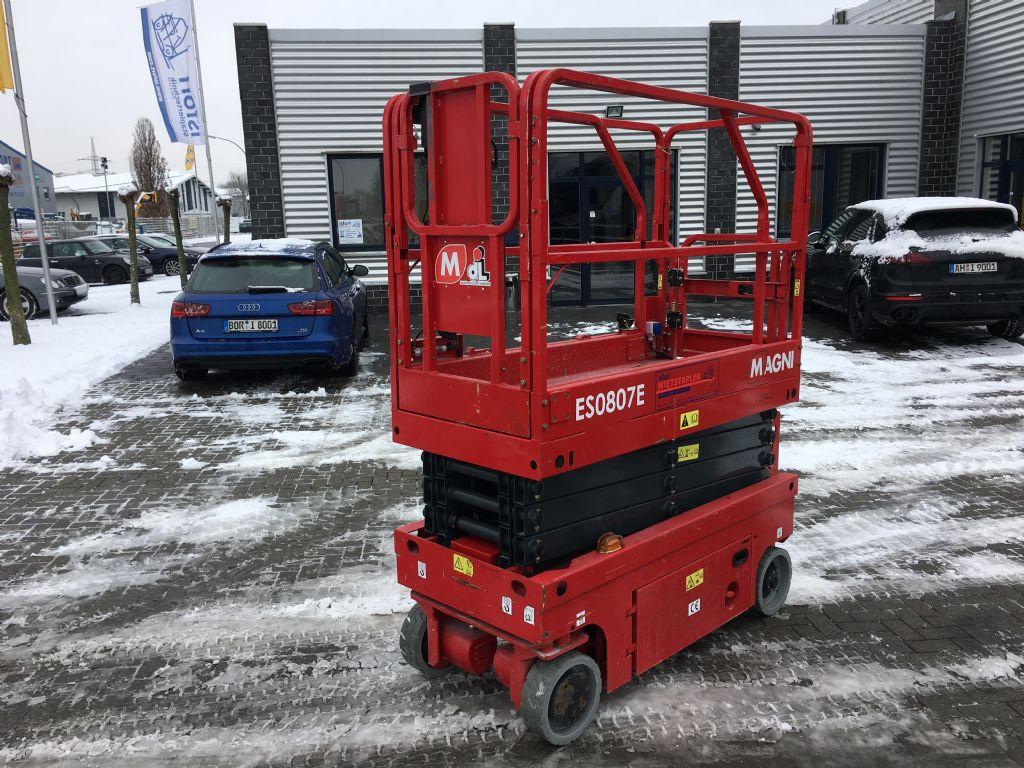 Magni-ES0807E-Scherenarbeitsbühne -www.isfort.com