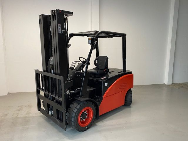 EP CPD50F8 Electric 4-wheel forklift www.isfort.com