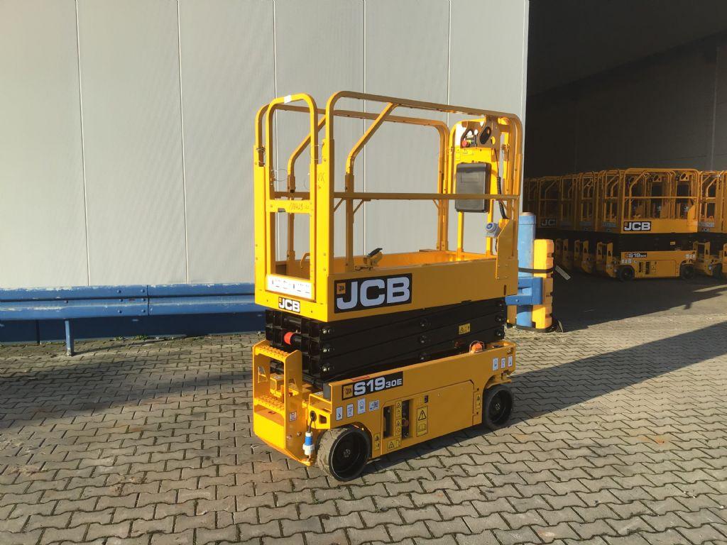 JCB-S1930-Scherenarbeitsbühne -www.isfort.com