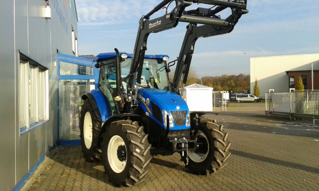New Holland-5.85-Schlepper -www.isfort.com