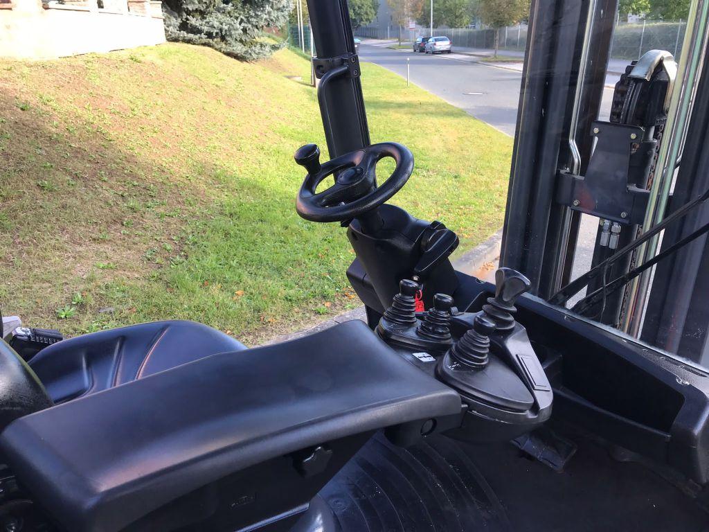Linde H 30 D - 393 Dieselstapler www.staplerjena.de