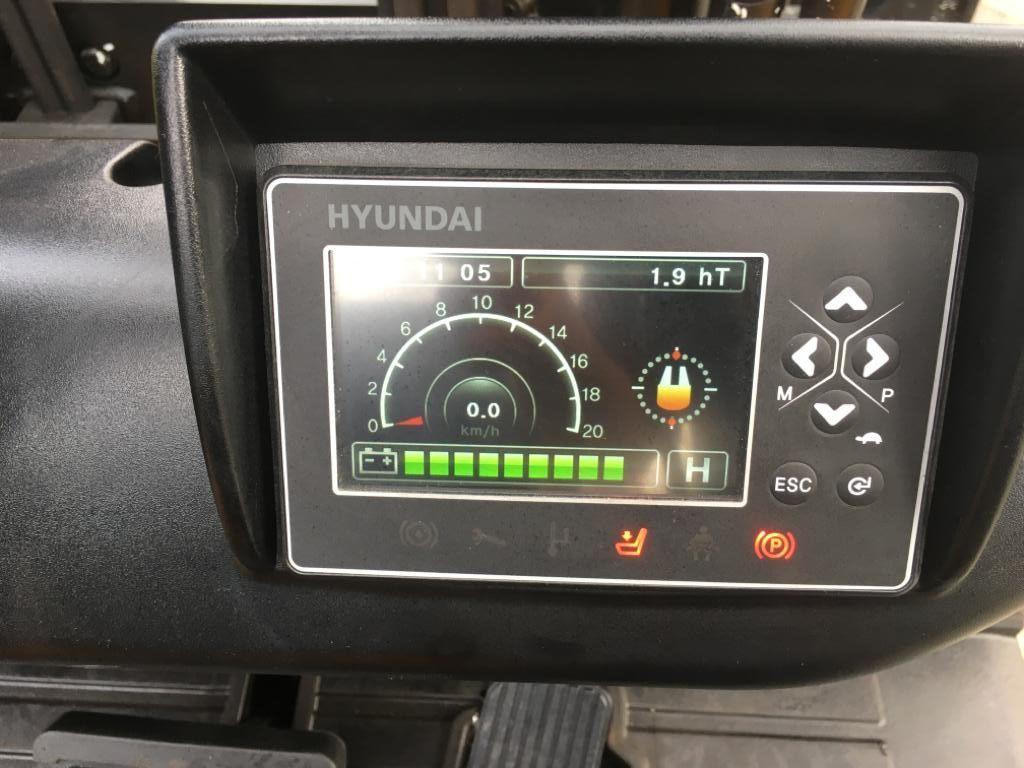 Hyundai 20 BT - 9U Nr. 2 Elektro 3 Rad-Stapler www.staplerjena.de