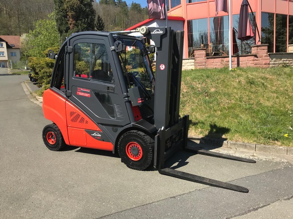 Linde H 30 T 02 Treibgasstapler www.staplerjena.de