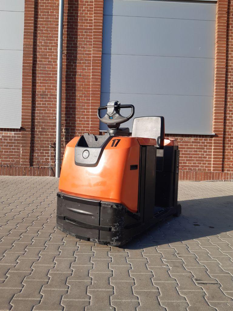 BT-TSE300-Schlepper www.kirchner-gabelstapler.de