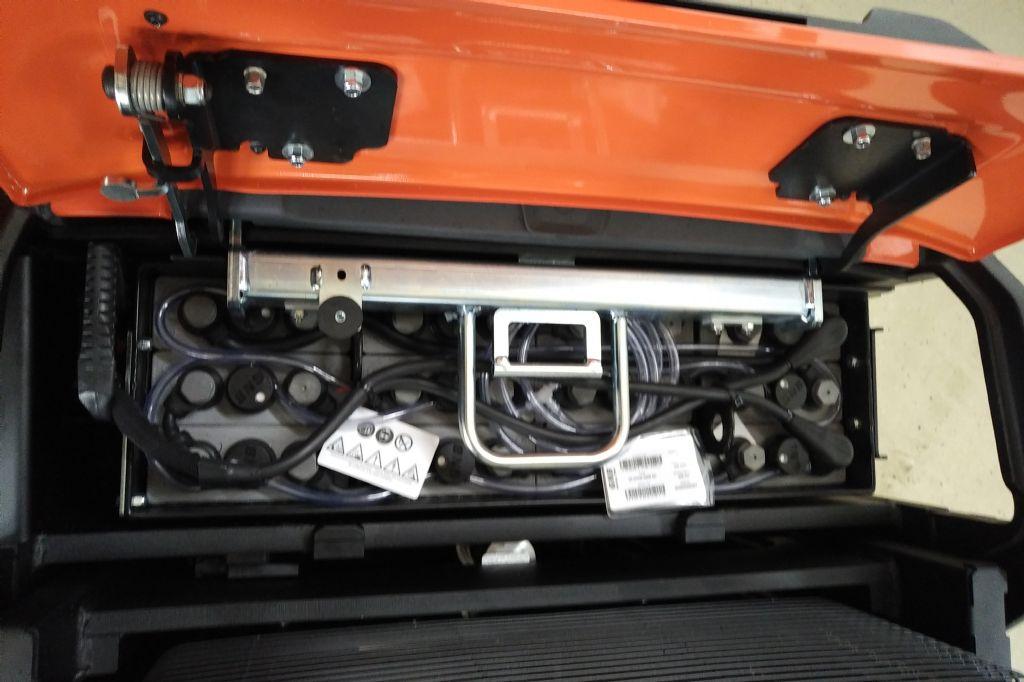 Toyota-SWE145L-Hochhubwagen www.kirchner-gabelstapler.de