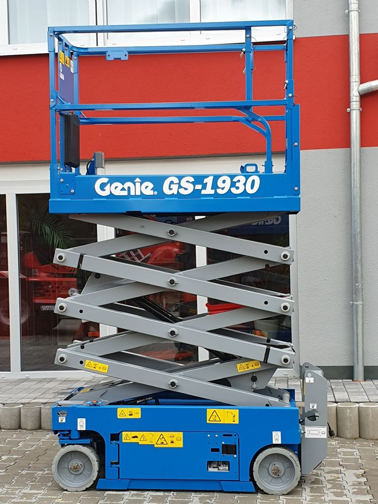 Genie-GS1930-Scherenarbeitsbühne www.kirchner-gabelstapler.de