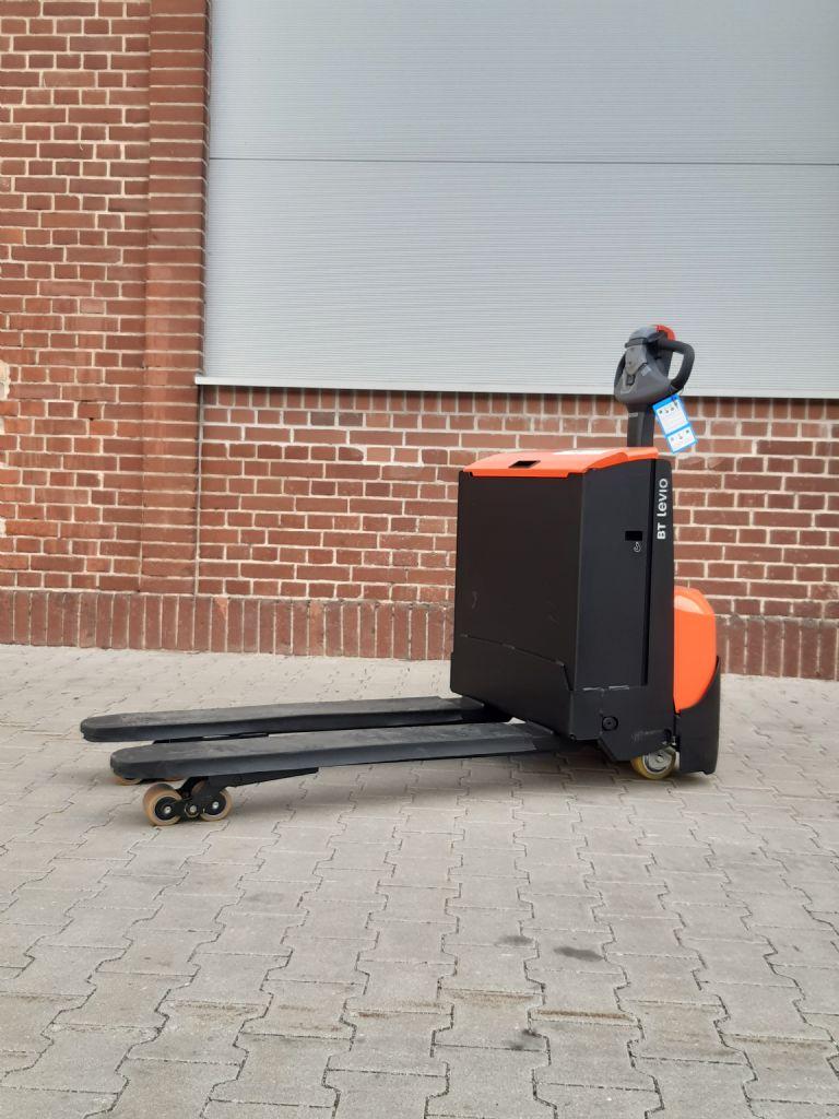 BT-LWE160 (Lithium ION)-Niederhubwagen www.kirchner-gabelstapler.de