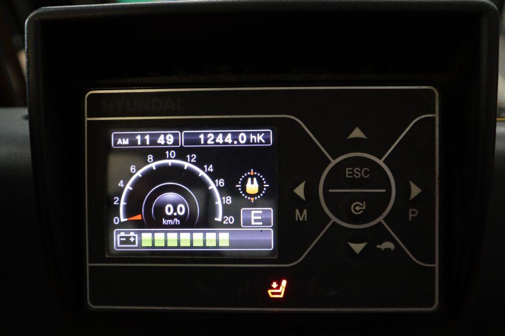 Hyundai-30BH-9-Elektro 4 Rad-Stapler-www.kloz-stapler.de