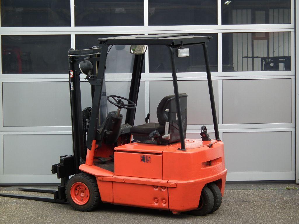 Linde-E15-Elektro 3 Rad-Stapler-www.kloz-stapler.de