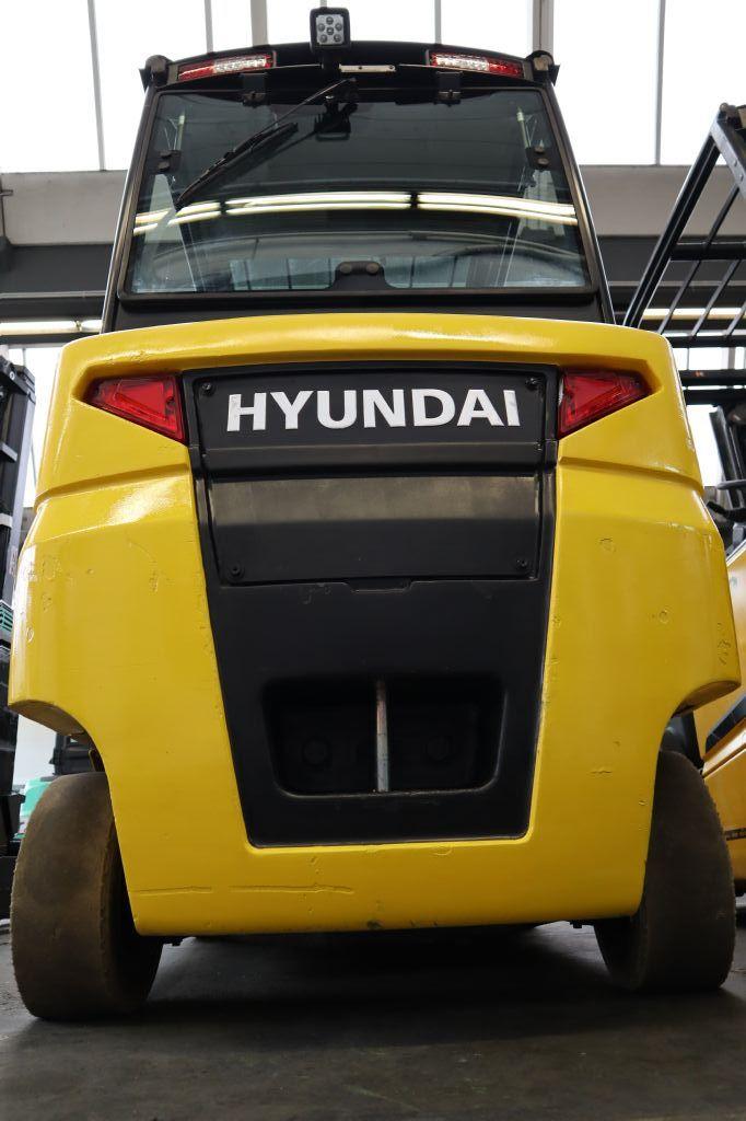 Hyundai-32B-9-Elektro 4 Rad-Stapler-www.kloz-stapler.de